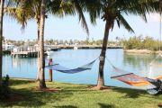Fliff on location Grand Bahama Island, i film
